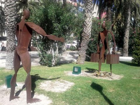 Alicante_statues